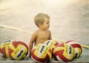 Desde pequeña ha vivido el voleibol